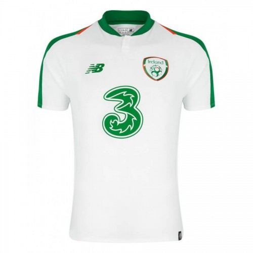 Ireland Away Football Shirt 18 19