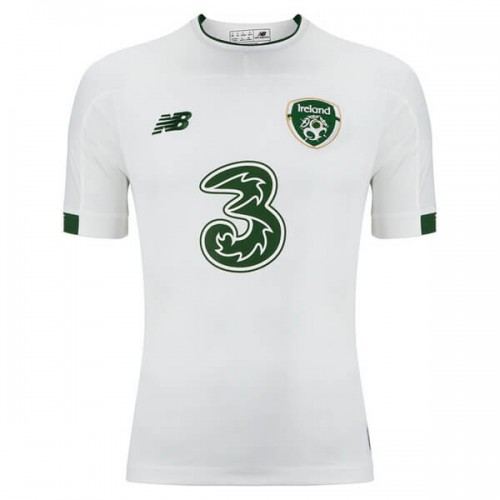 Ireland Away Football Shirt 19 20