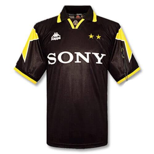 Retro Juventus Third Football Shirt 95 96