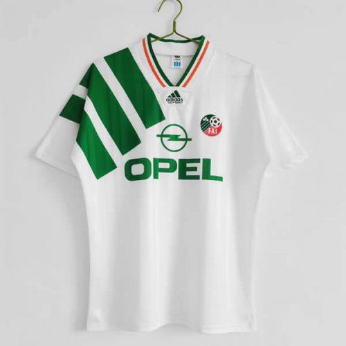 Retro Ireland Away Football Shirt 1992
